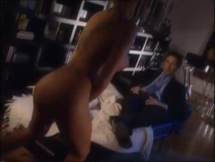 Enteada provoca padrasto filme de sexo p baixar gratis