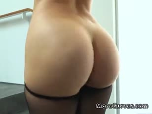 Homem se masturba na loja de mulher trocando roupa vídeo