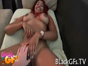 Lesbica dando mama com peito cheiode leite video