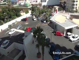 Swinger inexperiente puma no 24h spycam livecams de sua casa. emily um amador real